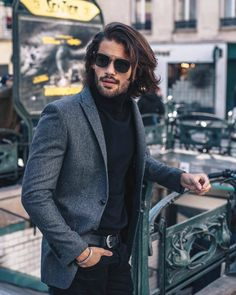 Mens Style Guide, Men Style Tips, Marlon Texeira, Mens Hairstyles With Beard, Men Photography, Mens Fashion Blog, Beard Styles, Hair Styles, Mens Clothing Styles