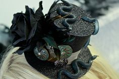 Voodoo Serpent Top Hat