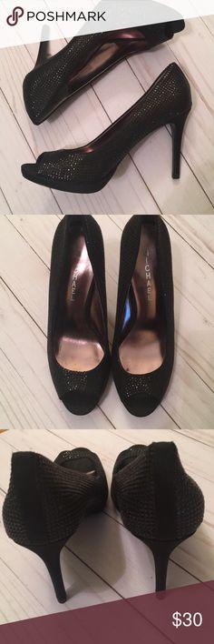 """Michael Michael Kors open toe heels size 7 1/2 Michael Michael Kors open toe dressy heels in black. In very good condition. 4"""" heels. Michael Michael Kors Shoes Heels"""