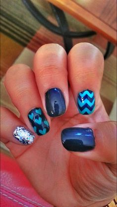 Blue nail art. I would switch the middle finger with the pinky but other than that this is really cute.