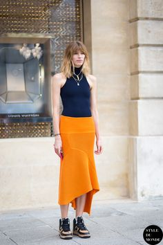 Veronika-Heilbrunner-by-STYLEDUMONDE-Street-Style-Fashion-Blog_MG_2325.jpg (1400×2100)