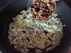 Cuscus cu legume Cous-cous preparare ciuperci Couscous, Grains, Recipes, Food, Essen, Meals, Ripped Recipes, Seeds, Eten
