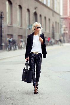 the pants n heels = to love