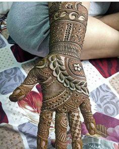 Mehndi Designs added a new photo. Khafif Mehndi Design, Mehndi Designs Book, Indian Mehndi Designs, Mehndi Designs 2018, Mehndi Designs For Girls, Modern Mehndi Designs, Mehndi Design Photos, Wedding Mehndi Designs, Beautiful Mehndi Design