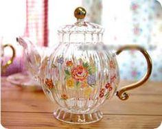 茶壶~几瓣落花做香茗 庭院茶香铺锦路 - 堆糖 发现生活_收集美好_分享图片
