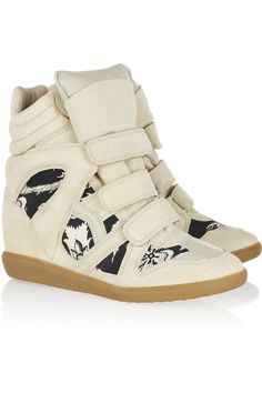Isabel Marant - Bekett printed canvas and suede concealed wedge sneakers Sneakers Mode, Wedge Sneakers, Wedge Heels, Sneakers Fashion, High Top Sneakers, Sneaker Wedges, Summer Sneakers, Leather Sneakers, Leather Boots