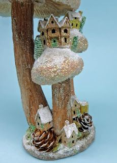 Karin Corbin Miniatures love her mini houses, here is a tutorial on how to light them with led lights Glitter Timberlands, Glitter Nikes, Putz Houses, Fairy Houses, Mini Houses, Miniature Houses, Christmas Villages, Christmas Ornaments, Christmas Decor