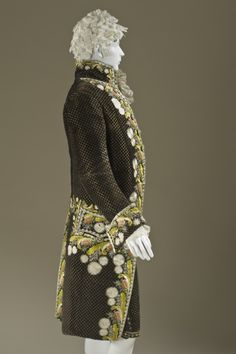 Man's Suit Europe, circa 1800 Costumes; ensembles Silk cut and voided velvet on plain-weave foundation with supplementary weft-float pattern...