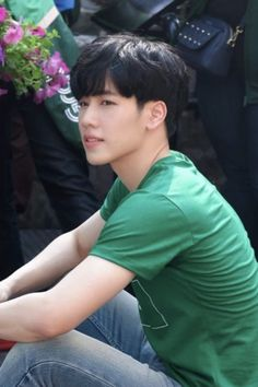 Khon Kaen, Henry Lau, Bright Pictures, Actors, History, Boys, Cute Boys, Girls, Baby Boys