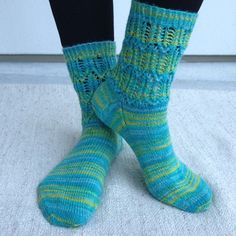 Austermann Step Socks, Fashion, Moda, Fashion Styles, Sock, Stockings, Fashion Illustrations, Ankle Socks, Hosiery