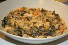 Ricetta della ribollita toscana con la slow cooker Una delle migliori applicazioni della Slow Cooker è quella di utilizzarla per la preparazione delle zuppe di verdure. Le verdure impiegano molte ore di cottura per sprigionare il