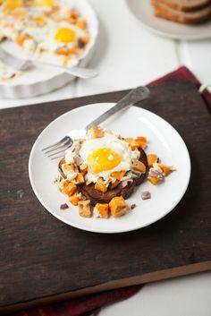 Roasted Sweet Potatoes, Gorgonzola and Baked Eggs