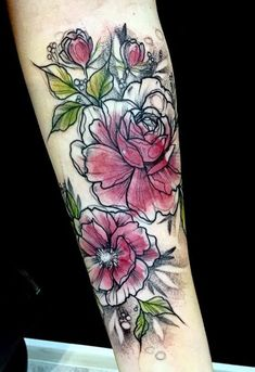 Katt Kot flower Tattoo Watercolor Tattoo Flowers, Flower Outline Tattoo, Pretty Flower Tattoos, Forearm Flower Tattoo, Time Tattoos, New Tattoos, Unique Tattoos, Tattoo You, Beautiful Tattoos