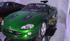 James Bond Car: Jaguar XKR - Die Another Day (2002) Convertible, Jaguar Xk8, James Bond Cars, Car Museum, Car Gadgets, Car Colors, Sweet Cars, Transporter, Dream Cars