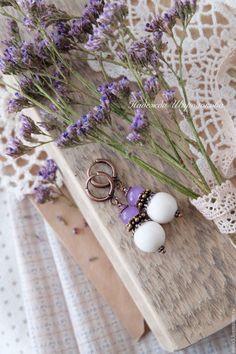 """Купить Серьги """"Первоцветы"""" - сиреневый, белый, молочный, белые серьги, сиреневые серьги, серьги с подвесками"""
