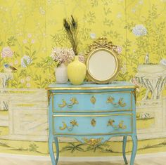 classic yellow floral wallpaper