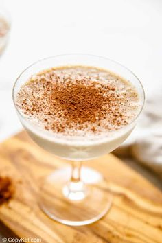 Brandy Alexander is a creamy and delicious cocktail made with brandy, Kahlua, and crème de cacao, and cream. Making a Brandy Alexander with ice cream is even better! Get the easy recipe and learn how to make the best Brandy Alexander with ice cream, coffee liqueur, and chocolate liqueur. This boozy milkshake is perfect for festive occasions, holidays, and hot summer days. #milkshake #cocktailrecipe #christmasdrinks #christmascocktails Kahlua Coffee Liqueur, Chocolate Liqueur, Brandy Alexander Cocktail, Mcdonalds Sweet Tea, Copykat Recipes, Cocktail Desserts, Winter Soups, Christmas Cocktails, Homemade Desserts