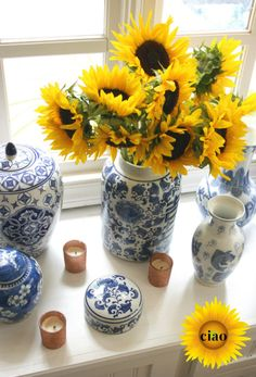 September is the perfect time for sunflowers! They look great at a dinner party - so festive!