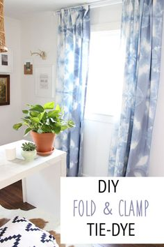 DIY Fold & Clamp Tie Dye for Jilly's room in purple? Diy Tie Dye Curtains, Diy Tie Dye Sheets, Ikea Curtains, Shibori, Diy Wall Decor, Diy Home Decor, Homemade Tie Dye, Ty Dye, Diy Home