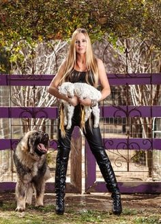 'Shear Madness' TV Personality Natalie Redding- owner of Namaste Farm and spinner extraordinaire! New show debuts in March of 2014.
