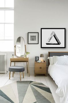 Thousands of curated home design inspiration images by interior design professionals, architects and decorators. Inspiration for every room in the home! Floor Design, House Design, Dressing Table Design, Dressing Tables, Small Dressing Table, Dressing Rooms, White Bedroom, Modern Bedroom, White Bedding