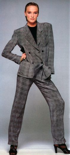 Eric Boman for American Vogue, March 1986. Suit by Miss O by Oscar de Renta.