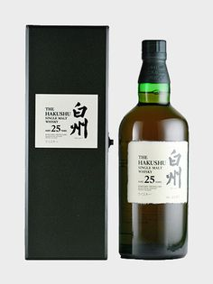 A very rare and truly fabulous peated Japanese whisky from Hakushus. This 25 year old was awarded a Silver Medal at the Malt Maniac Awards in 2009 Cigars And Whiskey, Scotch Whiskey, Bourbon Whiskey, Fun Drinks, Alcoholic Drinks, Whisky Tango, Strong Drinks, Japanese Whisky, Single Malt Whisky
