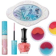 アナ スイから幻想的なアクアリウムの世界を表現したサマーコレクションがお目見え Anna Sui, Make Me Up, How To Make, Kids Toys For Boys, Perfume, Deco, Hair Makeup, Girly, Packaging