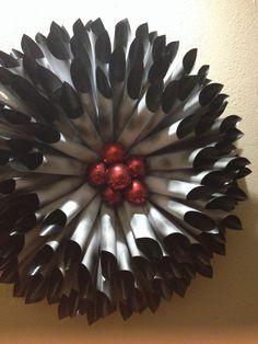 DIY Black & Red Wreath