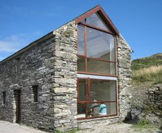 County Cork Painter's Studio / LOCAL Barn Renovation in Ireland / Commercial Industrial Lifts Architecture Renovation, Barn Renovation, Architecture Design, Cottage Renovation, Stone Barns, Stone Houses, Houses In Ireland, Modern Barn, Old Stone