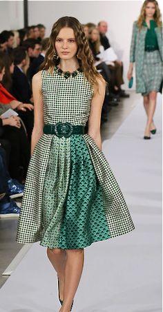 Oscar de la Renta 2013 & Green! beautiful soft pleats and asymetric peek a bo