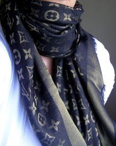 Louis Vuitton scarf dark blue with gold