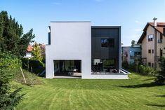 House on the Street Z  / Dva Arhitekta