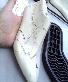 ✔  #shoedesing #shoemaster #shoemaker  #shoepattern #ayakkabi #tasarım #tasarim #modelist #istampa #handmade #shoes #leather #footweardesign #shoelast #upper #patternmaking #patternmaker #sole #sneakers #stiletto #shoemaking #danalya #bespokeshoes  #bespoke #handmadeshoes