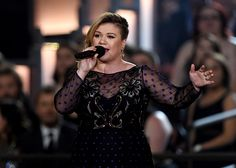 Kelly Clarkson is an American singer and reality television show winner with an estimated net worth of $29 million. She was born on April 24, 1982 in Fort