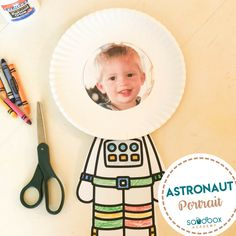 Arts And Crafts Cabinet Product Sistema Solar, Space Crafts Preschool, Preschool Themes, Preschool Learning, Teaching, Kid Crafts, Space Activities For Kids, Art Activities, Space Theme For Toddlers