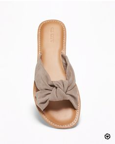 Discover ready-to-shop pics from Flats, Sandals, Old Navy, Amazing, Shopping, Fashion, Loafers & Slip Ons, Moda, Shoes Sandals