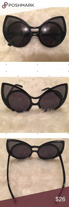 """Super Duper Bold Cat Eye Sunglasses New Black Super Duper Bold Cat Eye Sunglasses. Dark lens.  100% UVA & UVB Protection * Extraordinary Cat Eye Frame * Acetate Base Hand Polished Frame * Polycarbonate UV400 Lens * Microfiber Bag Included (color will vary)  52mm(W) 50mm(H) 20mm(BR) 152mm Total Frame                                      ❌TRADES ❌ LOWBALL OFFERS ✅ USE THE """"OFFER"""" LINK BELOW ✅ USE THE """"ADD TO BUNDLE"""" TO GET 15% DISCOUNT ON 2+ ITEMS ✅  POSH RULES   Accessories Glasses"""