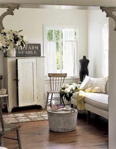 family room Living Room White, Home And Living, Living Room Decor, Living Rooms, Small Living, Cottage Living, Living Area, White Rooms, Bedroom Decor