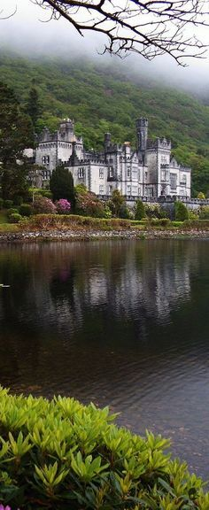 Kylemore Castle, County Galway, Ireland (scheduled via http://www.tailwindapp.com?utm_source=pinterest&utm_medium=twpin&utm_content=post126648943&utm_campaign=scheduler_attribution)