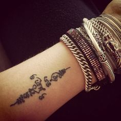 40 Traditional Thai Tattoo Designs | http://art.ekstrax.com/2015/06/traditional-thai-tattoo-designs.html