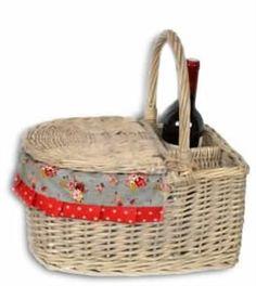 Traditional Wicker Picnic Basket £34.95…