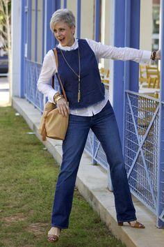 older women fashion, mature fashion, plus fashion. Mature Fashion, Older Women Fashion, Fashion For Women Over 40, 50 Fashion, Denim Fashion, Look Fashion, Women's Fashion Dresses, Fashion Trends, Fashion Boots