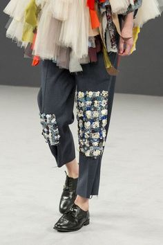 076233ddb57b Viktor   Rolf Couture 2016 Fall Catwalk Fashion