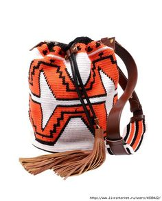 Exclusive: 'Mochila' hand-woven tribal bucket bag discovered on Fantasy Shopper Aztec Backpacks, Ethnic Bag, Fashion Clothes Online, Tapestry Crochet, Crochet Purses, Crochet Bags, Bag Accessories, Bucket Bag, Purses And Bags