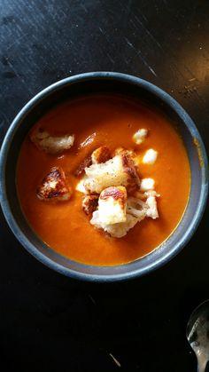 OH MY GOD! Hösten är räddad för denna soppa kommer jag göra typ varje dag tills december då jag börjar göra glögggrytorna Söt…