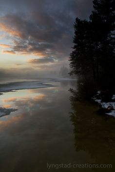 Vikvatnet ( lake pier mist fog nature norway norge reflections winter)