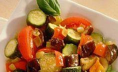Ratatouille: prato leva abobrinha e beringela    Ingredientes:   (Rende 6 porções)  6 cebolas 6 tomates 6 abobrinhas italianas 1...