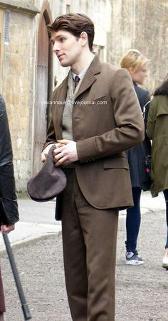 "Colin Morgan filming ""A Testament of Youth"" (2014)"