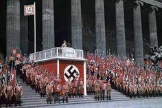 Le foto a colori del Terzo Reich sono inquietanti